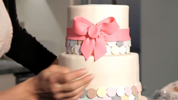 H. How to Make a Fondant Ribbon & Bow for a Wedding Cake Promo Image