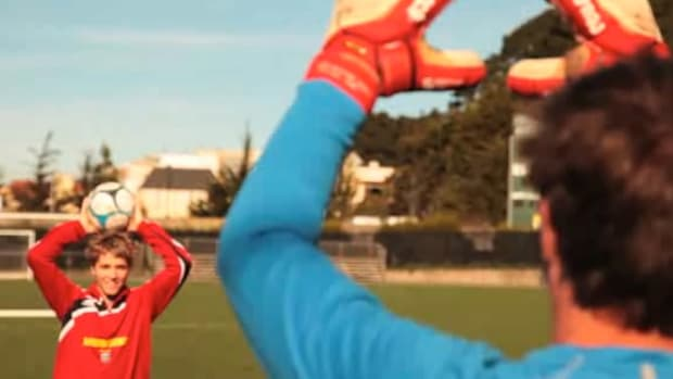 Q. How to Improve Goalkeeper Catching in Soccer Promo Image