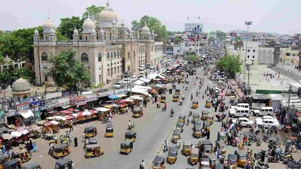 E. How to Get around Hyderabad Promo Image