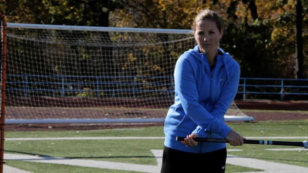 ZF. How to Throw an Around-the-World Pass in Women's Lacrosse Promo Image