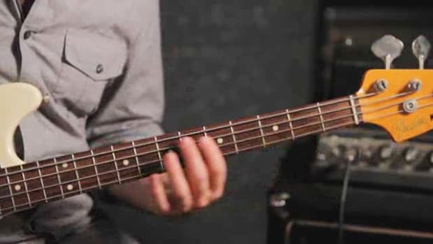 ZZZI. How to Play an E Major Triad on Bass Guitar Promo Image
