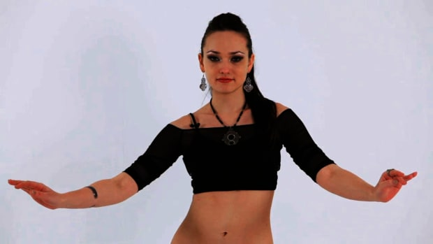 Z. How to Do Chest Circles in Belly Dancing Promo Image