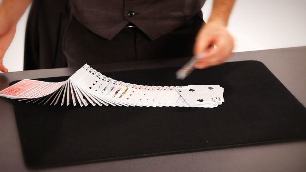 W. How to Do the Ribbon Spread Card Flourish Promo Image