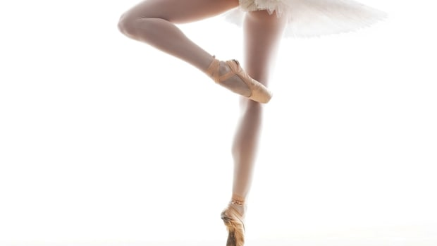 G. How to Do a Passe Position in Ballet Promo Image