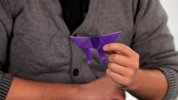 ZG. How to Make an Origami Butterfly Promo Image