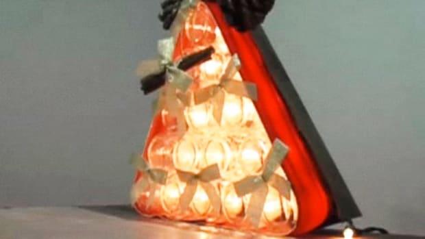 G. How to Make a Christmas Tree Centerpiece Promo Image