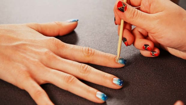 N. How to Add Sand to a Beach Nail Design Promo Image