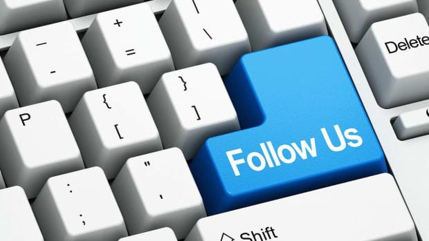 Z. How to Get Followers on Twitter & Facebook Promo Image