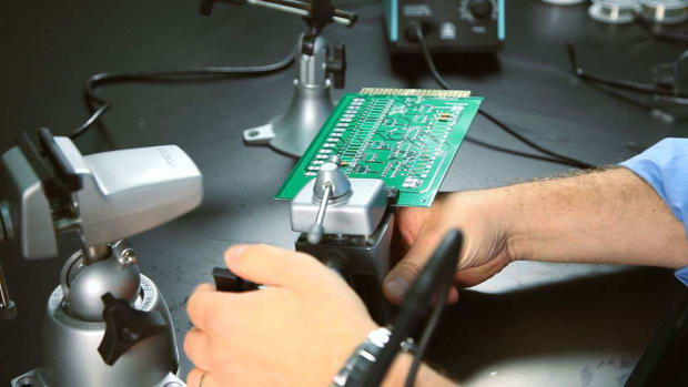 E. How to Use a Soldering Vise Promo Image