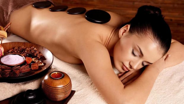 Q. How to Find a Good Massage Therapist Promo Image