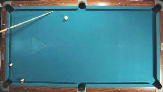 J. How to Control the Direction of the Cue Ball in Pool Promo Image