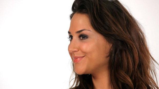 P. How to Make Eyelashes Look Fuller Promo Image