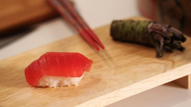 H. How to Make Nigiri Sushi Promo Image
