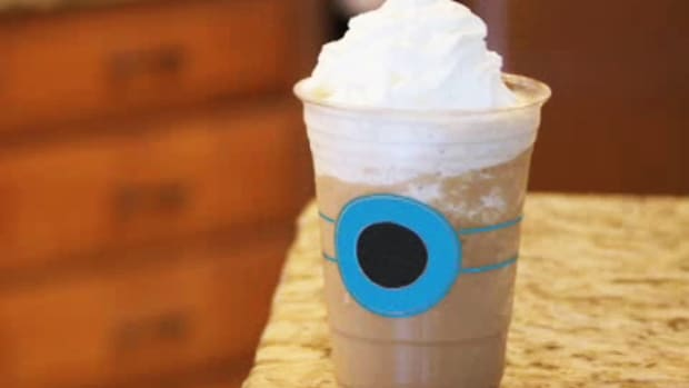H. How to Make a Frozen Iced Cappuccino Promo Image