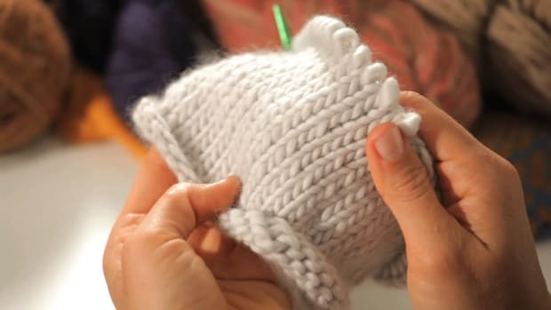 L. How to Do a Stockinette Stitch in the Round Promo Image