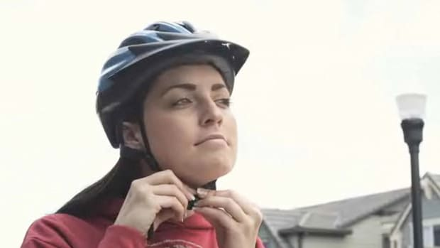Q. How to Choose the Right Bike Helmet Promo Image