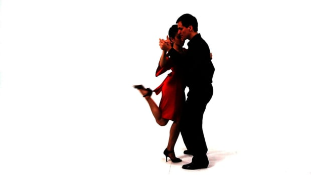 Z. How to Do a Boleo in the Argentine Tango Promo Image