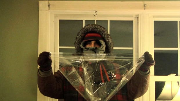 O. How to Insulate Your Windows with Plastic Promo Image