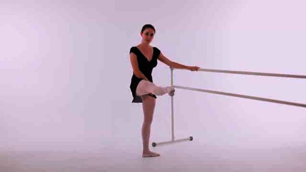 L. How to Do a Grand Battement in Ballet Promo Image