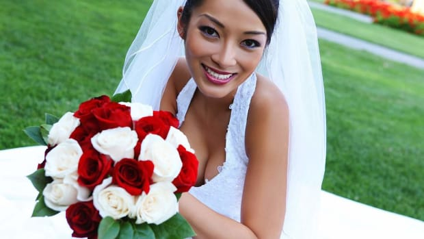 ZI. 5 Asian Bridal Makeup Tips Promo Image
