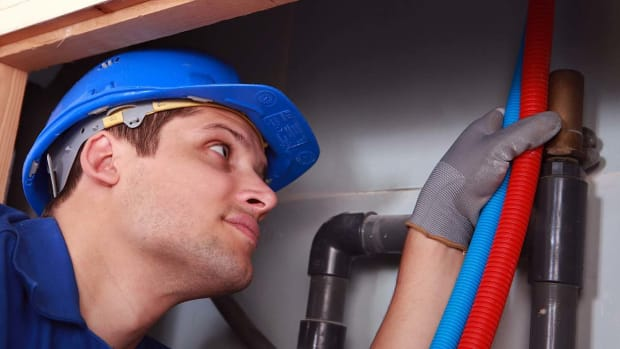 S. How to Troubleshoot a Tankless Hot Water Heater Promo Image