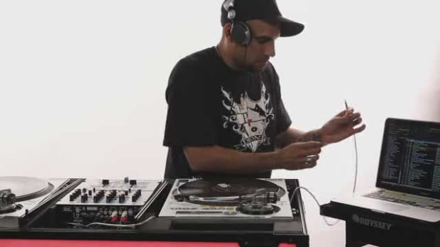 Z. How to Use the DJ Software Serato Promo Image