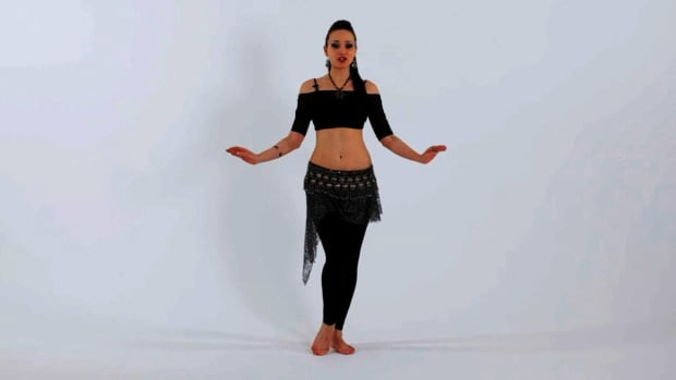 W. How to Do Interior Hip Circles in Belly Dancing Promo Image