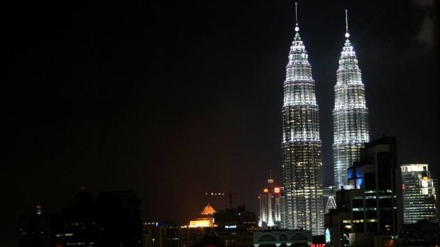 B. Best Time to Visit Kuala Lumpur Promo Image