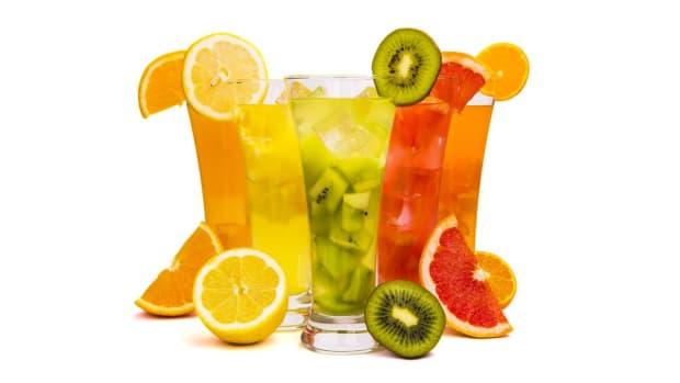 U. How to Follow a Juice Diet Promo Image