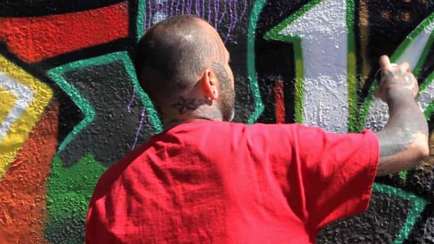W. 3 Tips for Creating a Large Graffiti Mural Promo Image