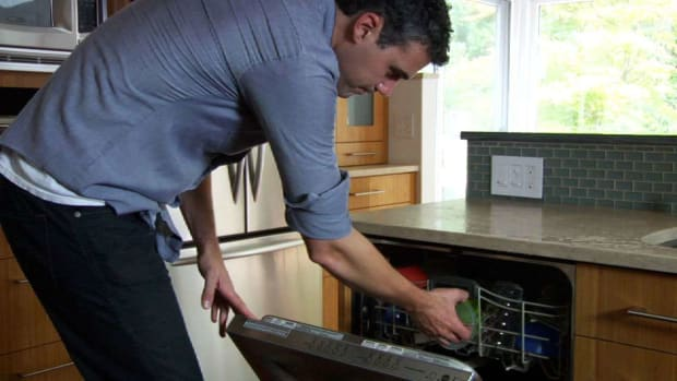 Y. Quick Tips: How to Maximize Your Dishwasher's Drying Performance Promo Image
