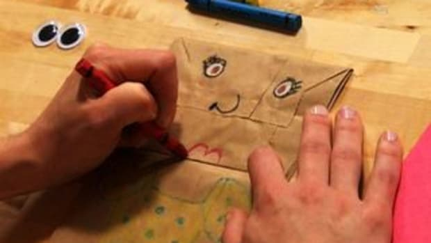 ZN. How to Make a Paper Bag Puppet Of Yourself Promo Image