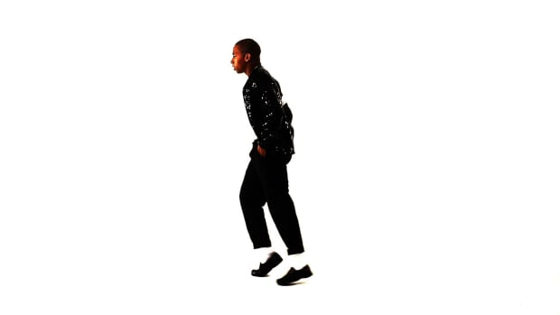 Y. How to Moonwalk Forward like Michael Jackson Promo Image