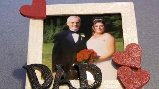 "B. How to Make a ""Dad"" Picture Frame for Father's Day Promo Image"