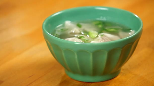 C. How to Make Wonton Soup aka Pork Neck Bone Soup Promo Image