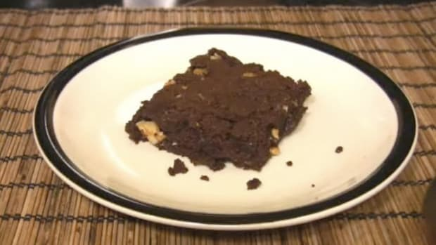 L. How to Make Chocolate Brownies Promo Image