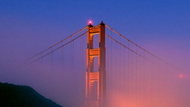 D. Best Time to Visit San Francisco Promo Image