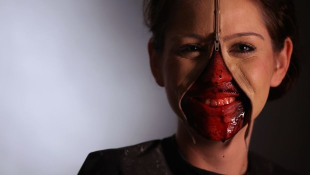 ZE. How to Add Blood to a Special FX Zipper Face Promo Image
