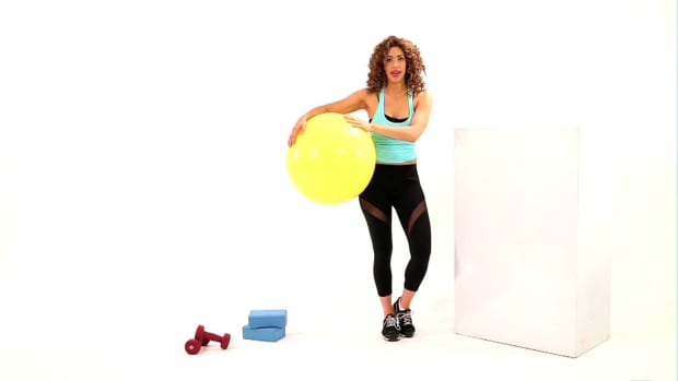 K. How to Do a Ball Squat Promo Image
