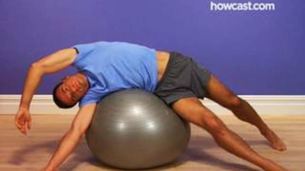 D. How to Stretch Your Entire Abdomen with a Stability Ball Promo Image