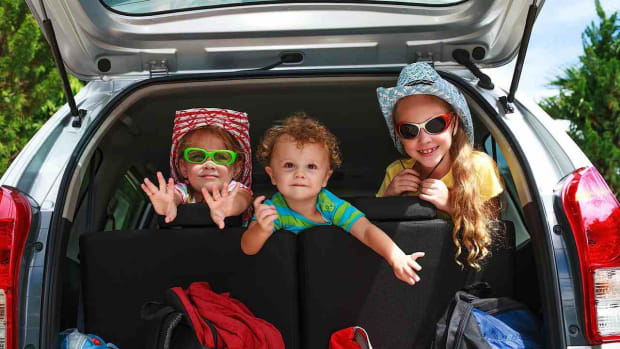 ZE. Top 7 Tips for Traveling with a Toddler in the Car Promo Image