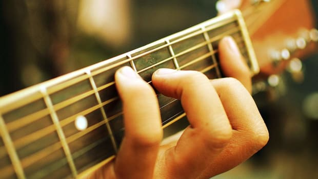 ZF. How to Plant Your Fingers in Fingerstyle Guitar Promo Image