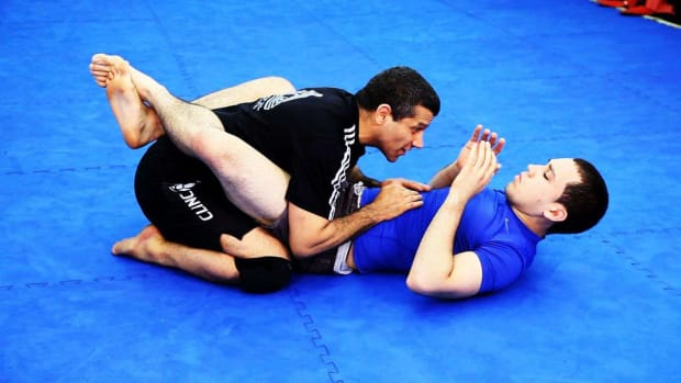 ZT. How to Break & Pass the Guard in MMA Fighting Promo Image