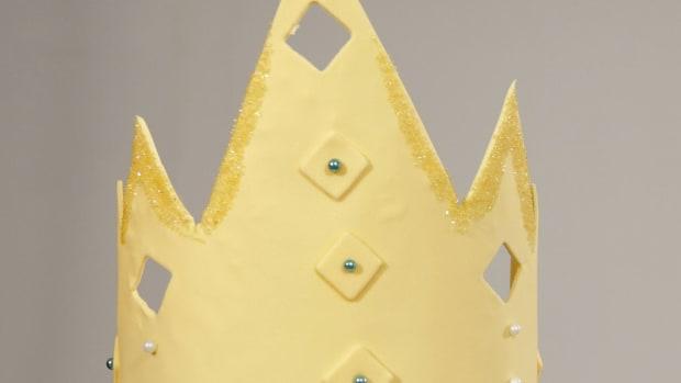 H. How to Make a Fondant Crown for a Princess Cake Promo Image