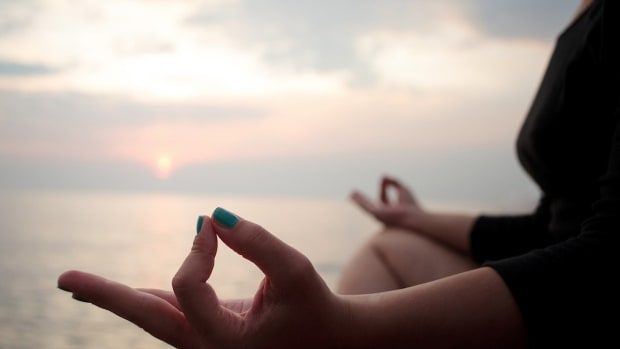 S. 9 Benefits of Meditation Promo Image