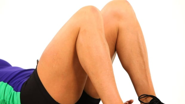 ZS. How to Avoid Shin Splints during a Sexy Legs Workout Promo Image