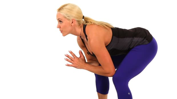 V. How to Do a Frog Squat for a Sexy Legs Workout Promo Image