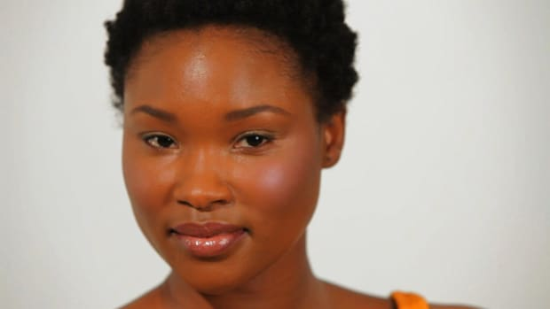 A. How to Create an Easy Makeup Look for Black Women Promo Image