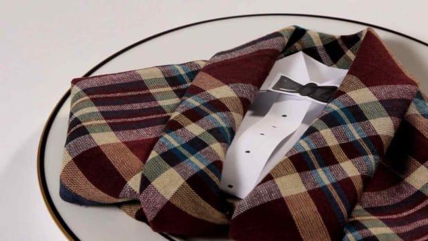 ZM. How to Fold a Napkin into a Tuxedo Promo Image