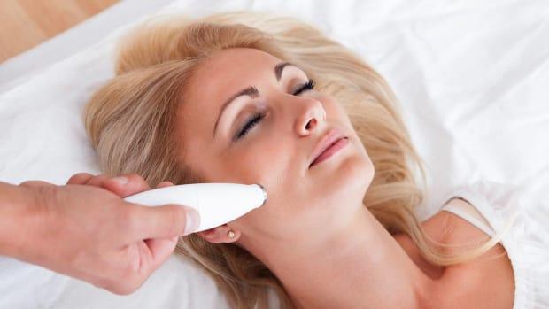 K. What Is Laser Skin Resurfacing? Promo Image